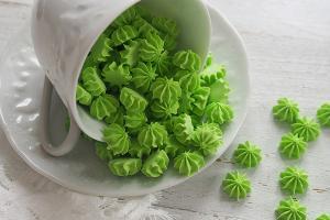 Мини безе зеленые, 50 гр