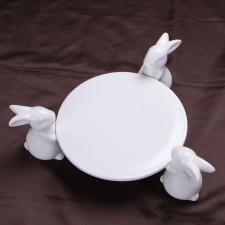 """Подставка под торт """"3 зайца"""""""