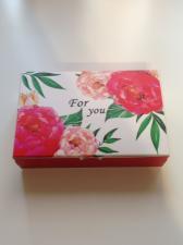 Коробка с красными пионами For You