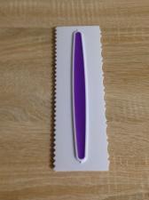 Скребок пластиковый с прорезиненной вставкой № 3